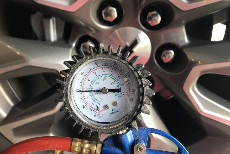 The Effects of Cold & Hot Weather on Tire Pressure