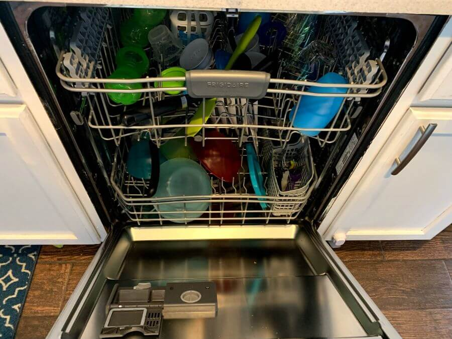 Can You Put Dish Soap In The Dishwasher And 4 Steps To Remedy It If You Did Wigglywisdom Com