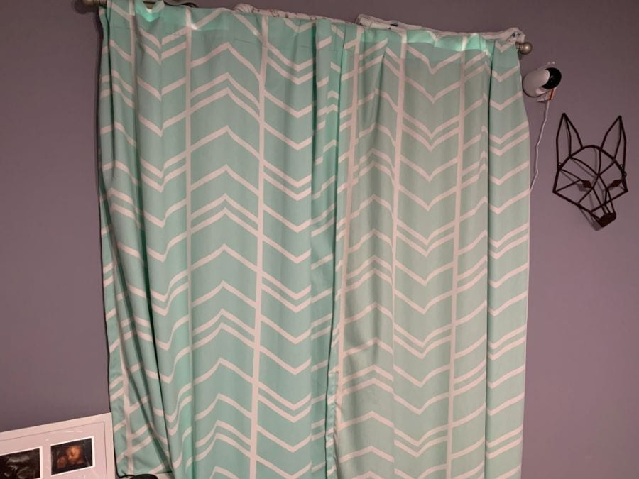 5 Smart Ways to Keep Your Curtains Closed